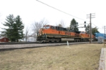 BNSF 1012 heads to Ogden Avenue ramp