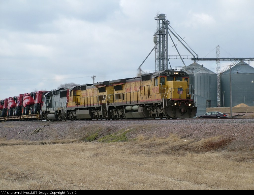 UP 9090 Leads an EB Manifest