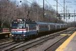 Amtrak AEM-7 916 dashes south