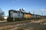 CSX EMD GP-40-2 6080 leads a lite engine move south onto the Trenton LIne