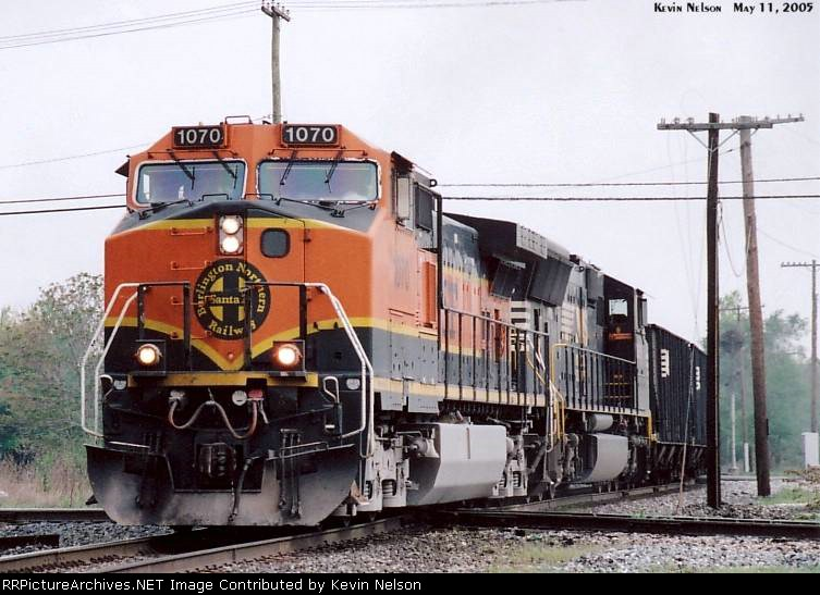 BNSF 1070 CW40-9