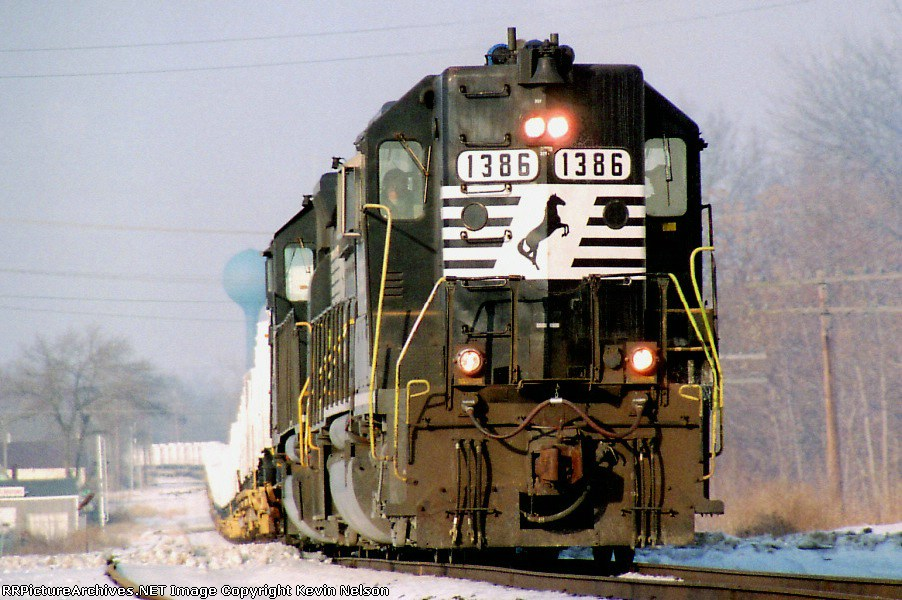 NS 1386 GP-40