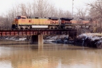 BNSF 5483 CW44-9