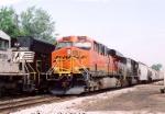 BNSF 7749 ES44DC