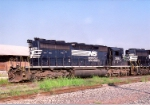 NS 3282 SD-40-2