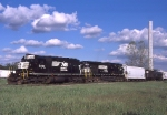NS 3436 ex Conrail with Horse Head and Unibrow