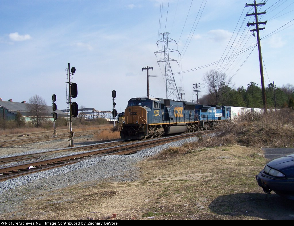 CSX 4777 Leads Juice Past Stopped Local