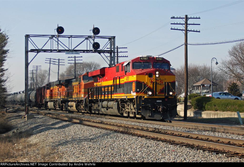 KCS 4787 is a pleasant surprise leading eastbound BNSF oil train U-ELUCXP