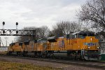 Three big SD70-types on this eastbound UP intermodal