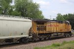 UP 6629 is DPU on the sand train