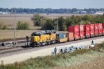 UP 3419 and 3244 shove an intermodal train into west end Global III