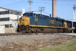 CSX 3008 leads a westbound ethanol on the BNSF