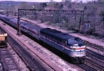 Amtrak EMD FL-9 485 arrives from the north