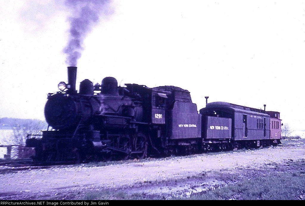10 wheeler and the mail train