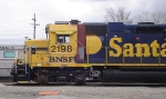 Bodywork on BNSF 2198