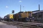 Alton & Southern units work the yard