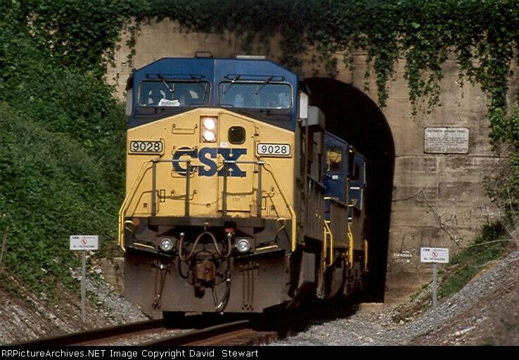 Q124/CSX 9028