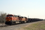 BNSF 5947 now lead northbound