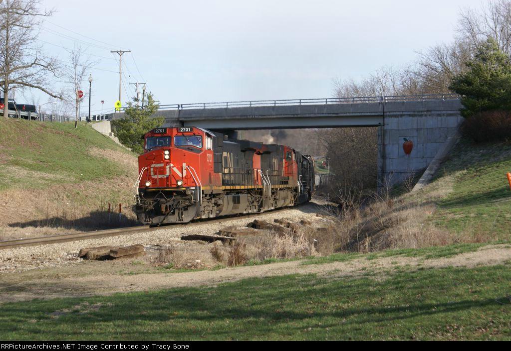 CN 2701