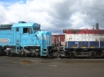 DLMX 644 & PNWR 1201 nose to nose