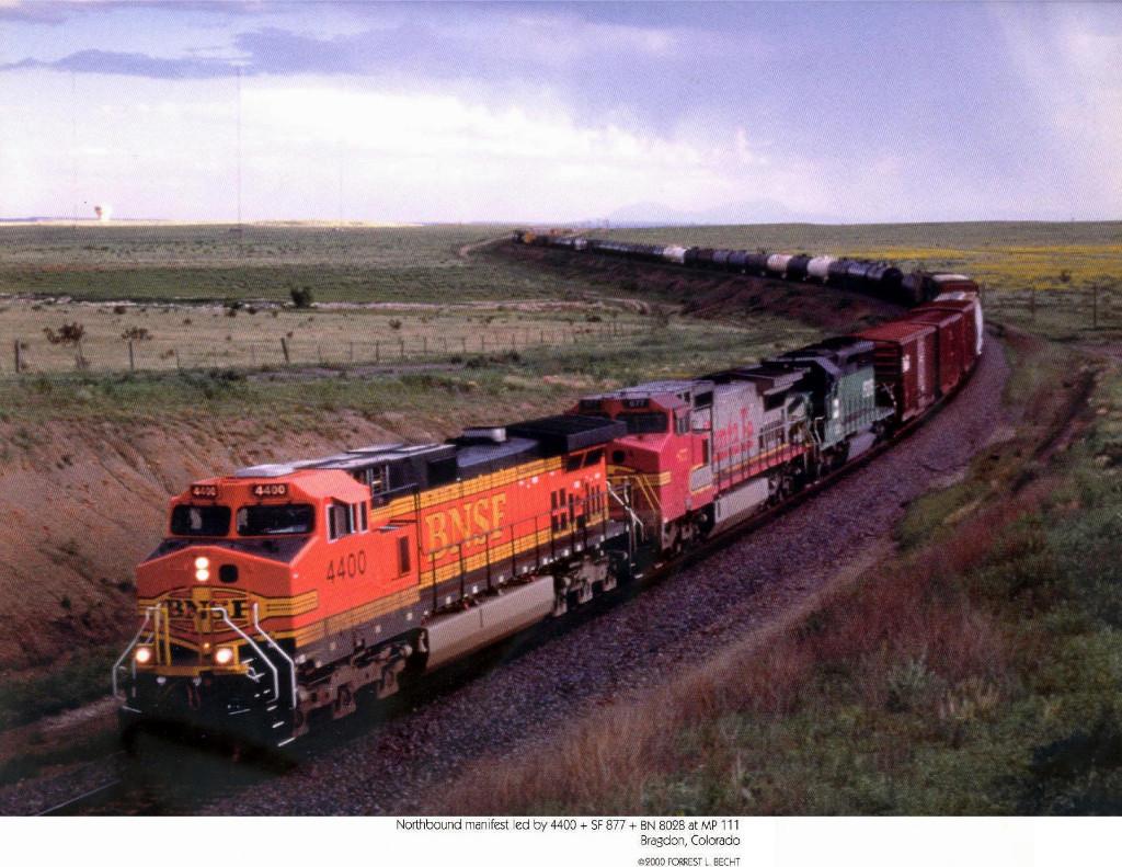BNSF GE CW44-9 4400 and ATSF/BNSF GE CW40-8 877 and BN/BNSF GM/EMD SD40-2 8028