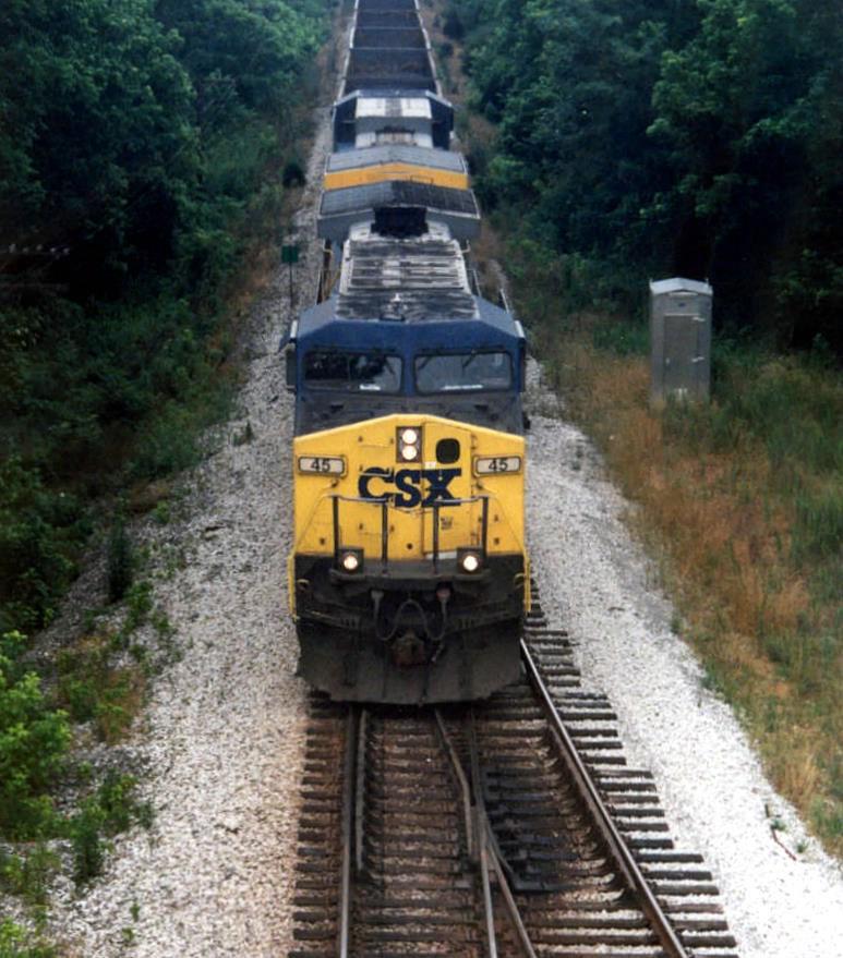 CSX GE CW44AC 45 leads a long Coal train