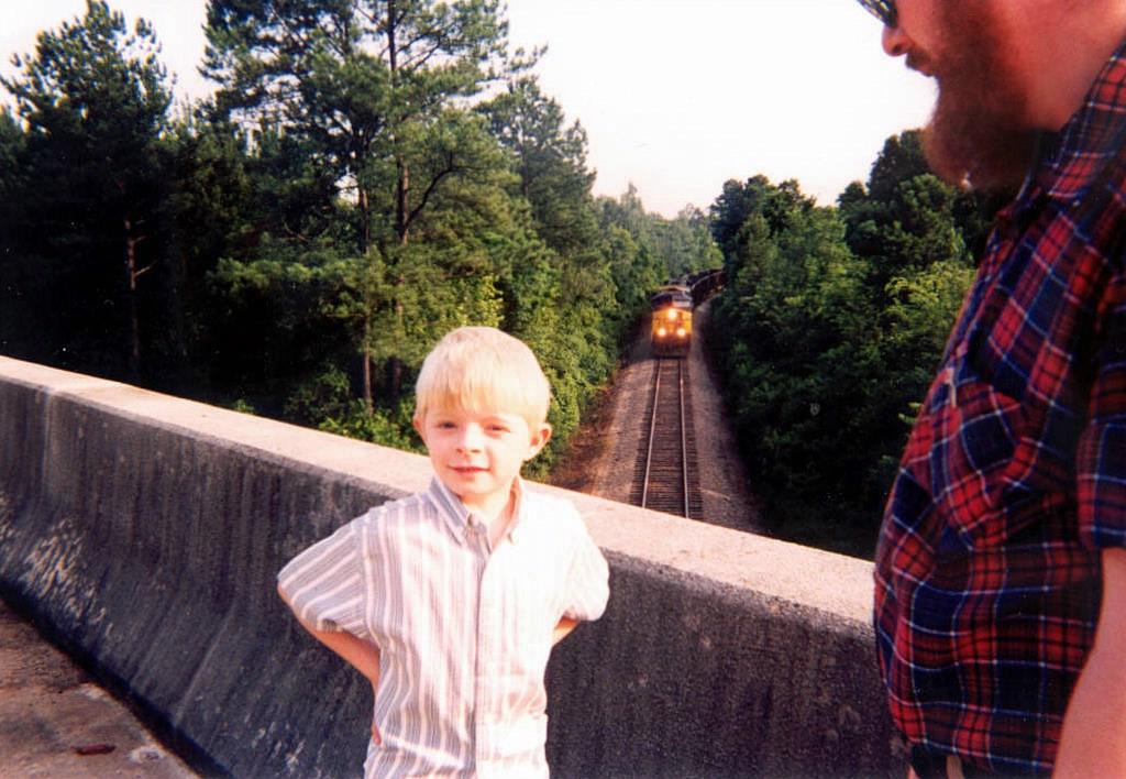 CSX GE CW44AC 53 leads a Northbound Coal train toward the Bridge