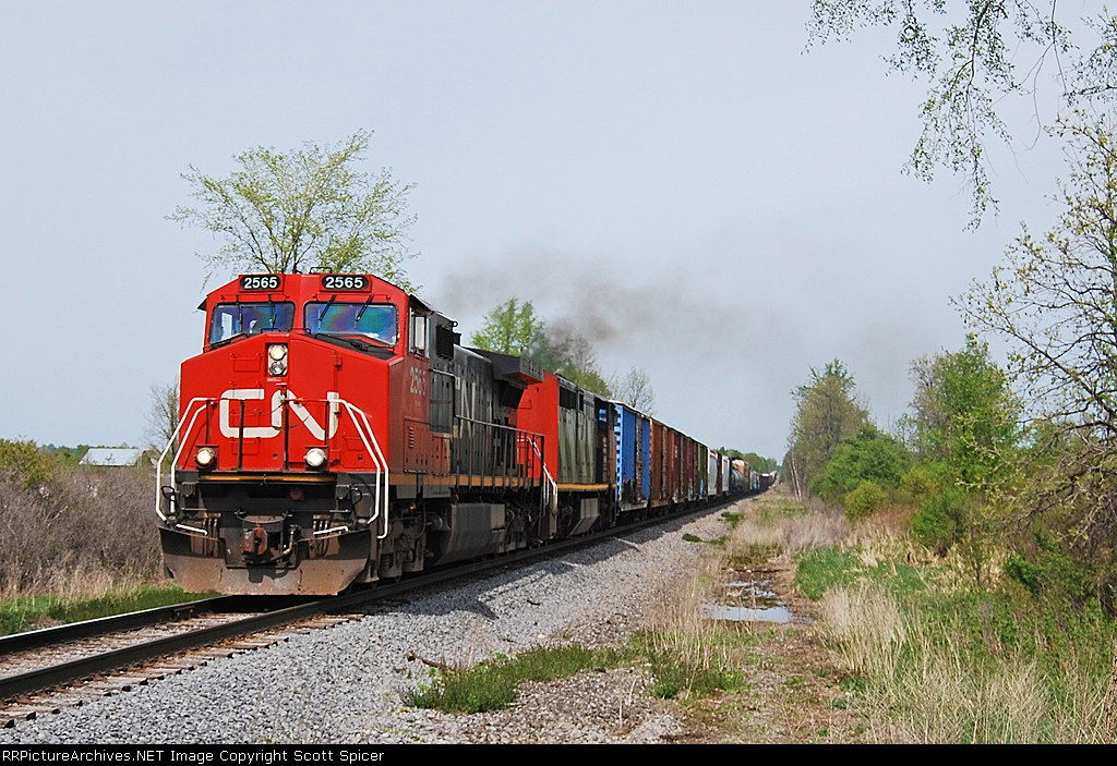 CSX Q620-10 approaches VERN