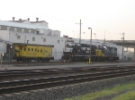 NS 5294 & CSX 2725 on NYS&W track