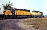 CNW 6904 & 6929