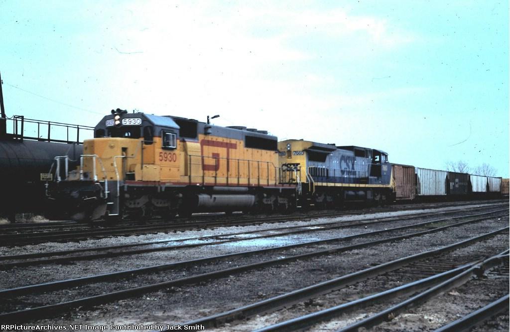 GTW 5930 & CSX 7660 train #389