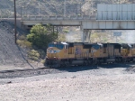 UP 4809 leads a WB manifest MEWTU-18 Englewood - Tucson at 9:33am 