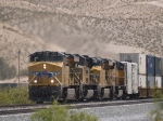 UP 7600 leads a WB doublestack KATLB Atlanta - Long Beach at 1:20pm