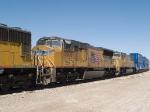 UP 5006 #2 power in an EB doublestack IGSDIX - GGS, San Pedro - Dallas intermodal - at 10:42am
