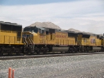 UP 4309 #2 power in a WB doublestack at 1:04pm