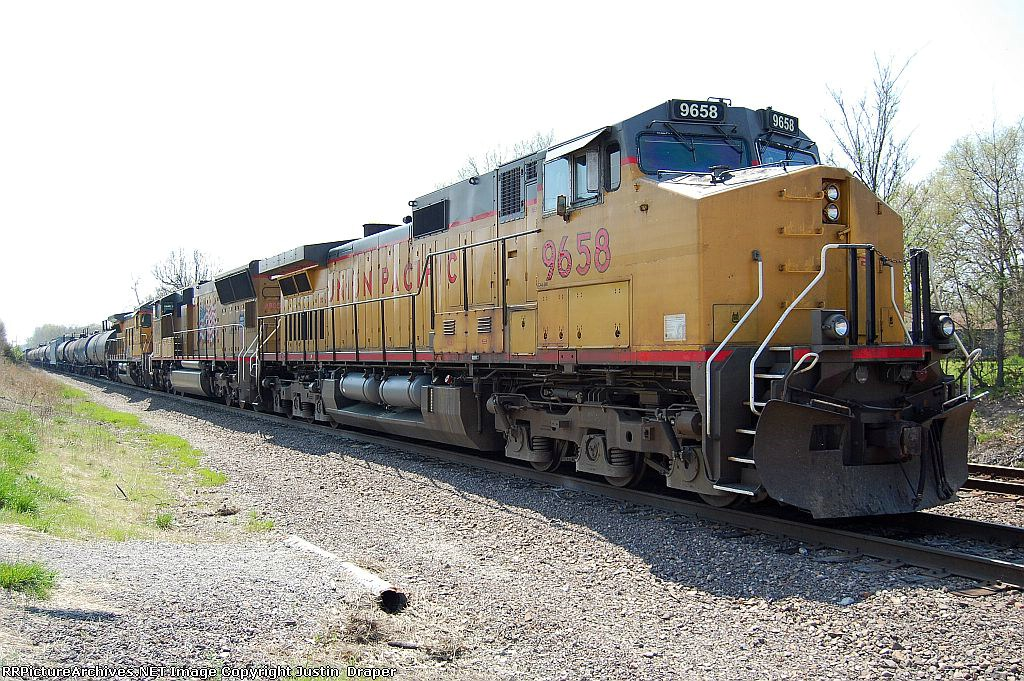 UP 9658, UP 4805, & UP 9285