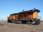BNSF 5942  back to front damage