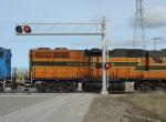 ELS 400 passes the Hwy 22 crossing signals
