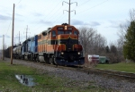 ELS 400 approaching Riverview Drive on the CN
