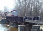 ELS 600 crossing Duck Creek west(RR north)bound