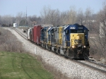 Q326-05 heads east with 6 cars and 2 GeeP's for Lansing