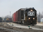 After dropping off cars for CSX, Z738 heads out of the yard with cars the take back to Hughart