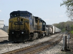 CSX 7802 & 8343 roll into the yard with Q335-29