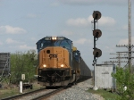 At milepost 14, N900-22 rolls past the west end of the siding