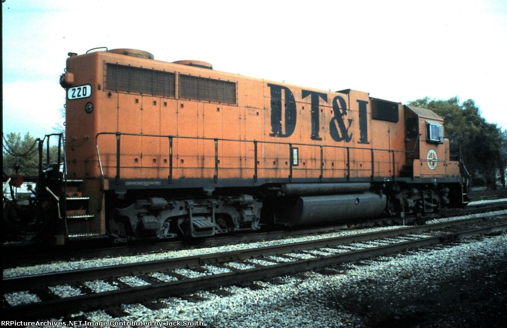 DTI 220