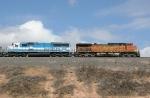 BNSF 4007 and EMDX 9011