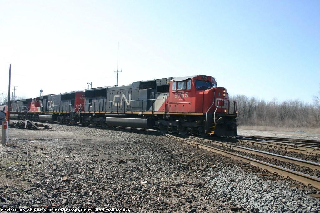 CN 5755 east