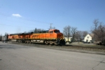 BNSF 5913 east with FEPX loads