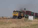 UP 8332 leads a WB doublestack IDILB at 4:00pm
