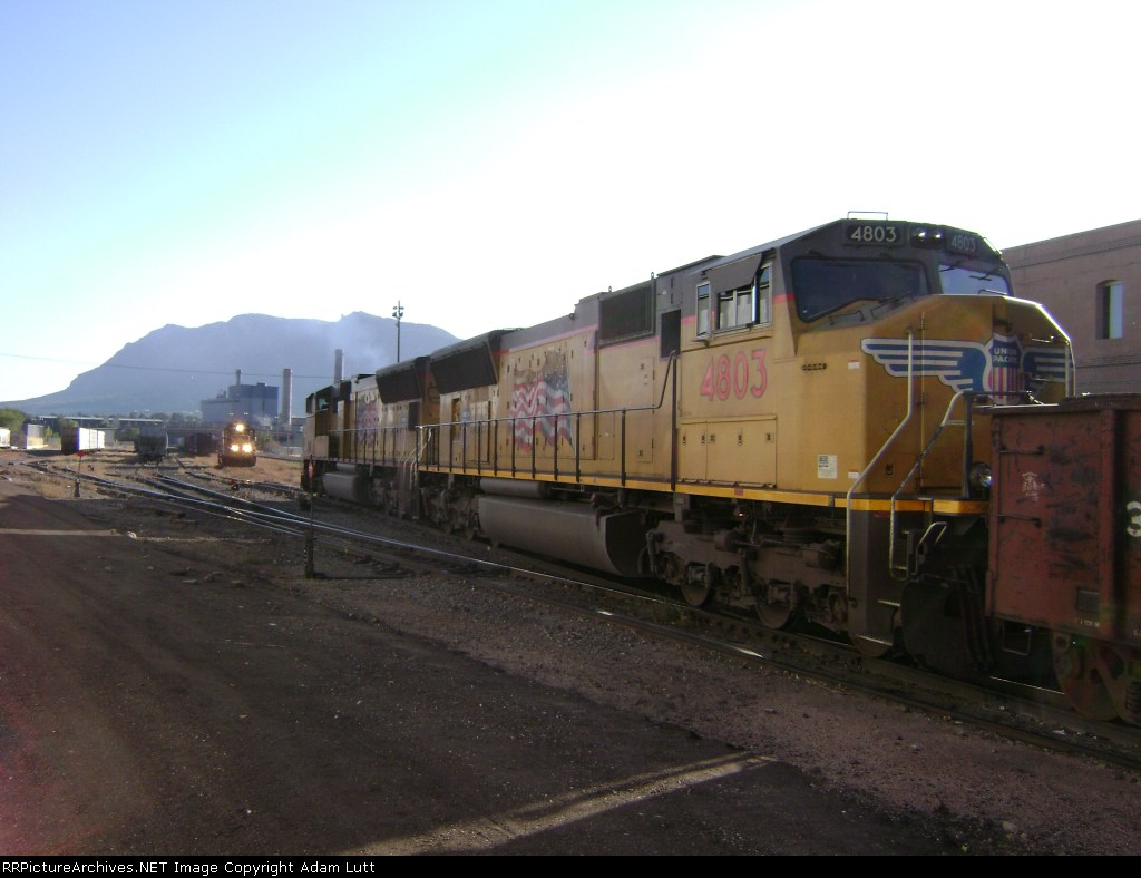 UP 4803 Chased down by Local